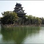 09水に浮かぶ広島城