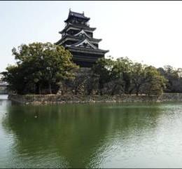 09_テク_水に浮かぶ広島城