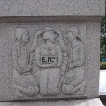 【E=MC²】?・・・市女の慰霊碑